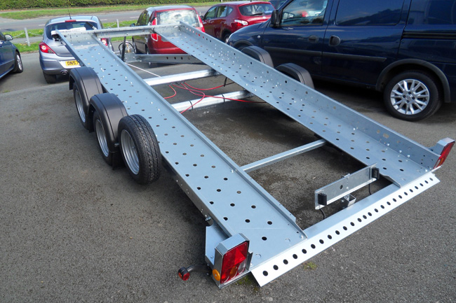 New Woodford Tilting Body Car Transporter Trailer 14 ft. Other models available. Please call for details.