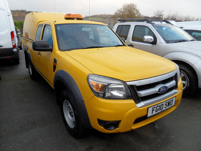 Ford Ranger 2.5 TD XL King cab Pickup Yellow with colour coded Canopy 2010 10 reg