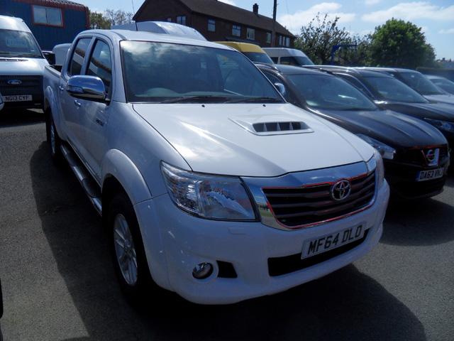 Toyota Hilux Invincible 3.0 TD Double cab Pickup White 2014 64 reg