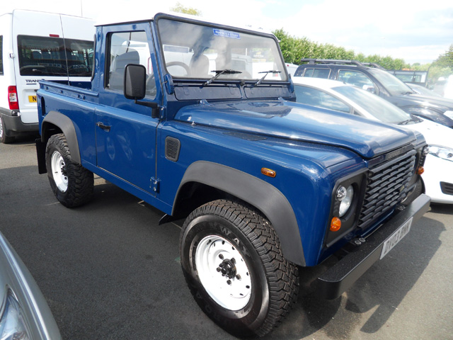 Land Rover 90 Defender TD5 Blue 2003 03 reg