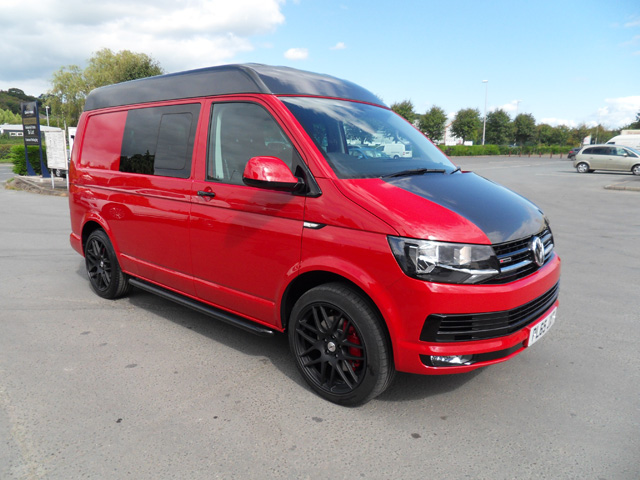 Volkswagen Transporter T30 TDI DSG 180ps 4 MOTION Double cab high roof 5 seat window van Red 2016 65 reg 7700 miles extras include Air con Satnav 20' Black alloy wheels side bars 4 pipe exhaust tail pipe rear drawer storage
