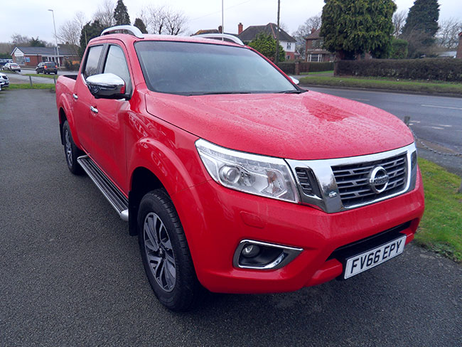 Nissan Navara NP300 Automatic Double cab Pickup Red 2016 66 reg