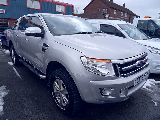 Ford Ranger 22 TD Limited Double cab Pickup, Silver, 2015, 15 reg