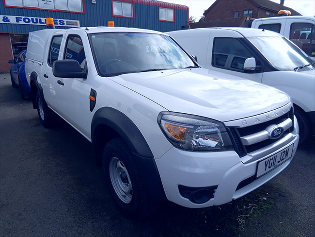 Ford Ranger XL Double cab Pickup, 25 TDI, White with Canopy and Tow bar fitted, 2011, 11 reg