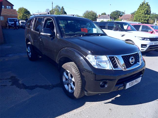Nissan Pathfinder Acenta Commercial 25 TD, 5 Door, 5 Seats, Black, 2011, 11 reg