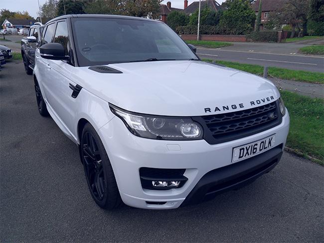 Range Rover Sport HSE Dynamic 3.0 TD, 5 Door, White with Black alloy wheels, electric side steps, 2016, 16 reg