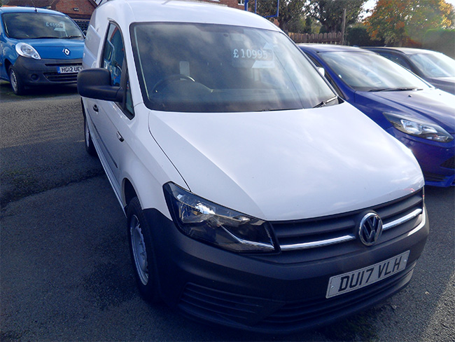 Volkswagen Caddy C20 2.0 TDI 75PS Van, White, Air con, 2017, 17 reg