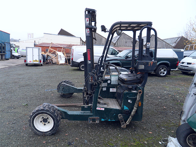 Moffatt fork lift - additional item for Man Lorry.