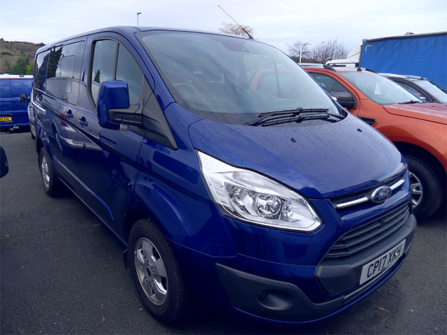 Ford Transit Custom 310, L1, 170PS, Limited Double cab in Van, Blue, 2017, 17 reg