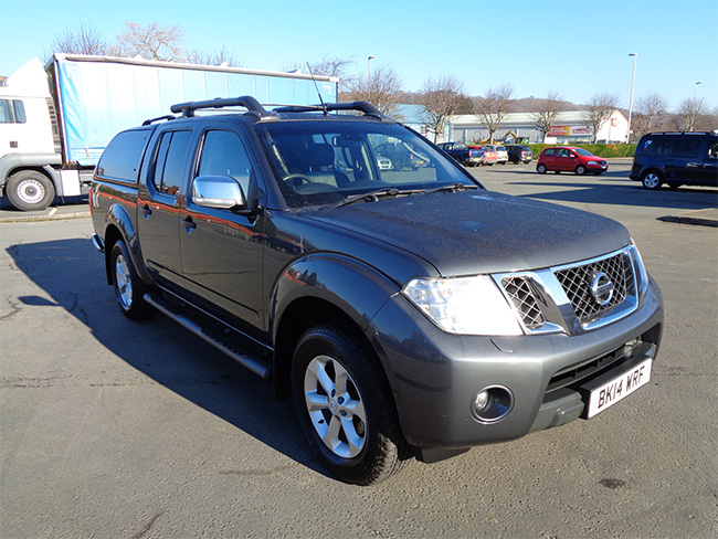 Nissan Navara Tekna Automatic Double cab Pickup, 2.5 TD, Grey with Canopy fitted, 2014, 14 reg
