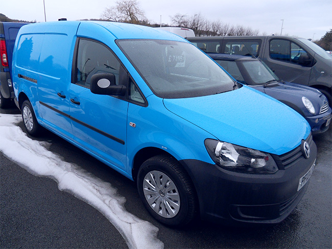 Volkswagen Caddy Maxi C20 16 TDI, 102PS, Blue with interior racking fitted,2013, 13 reg