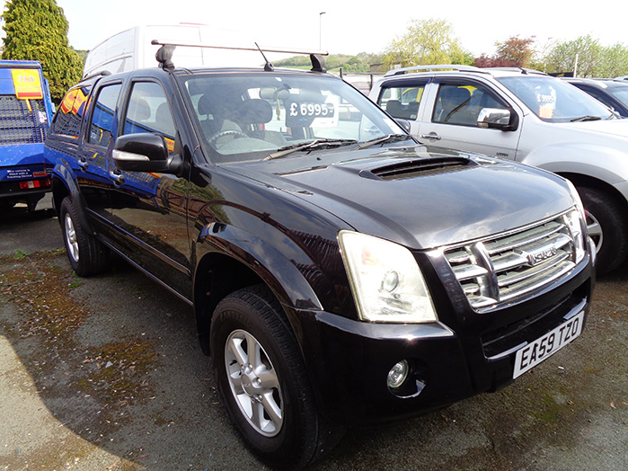 Isuzu Rodeo Denver 2.5 TD Double cab Pickup, Black with colour coded Canopy, 2009, 59 reg