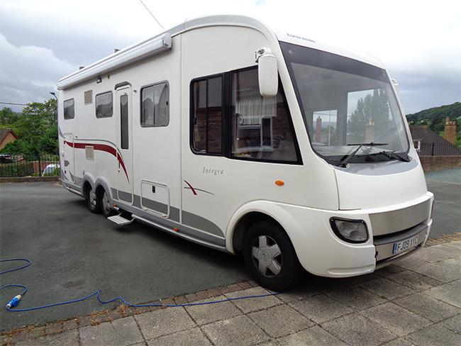 Euromobil Integra, 4 Berth, 6 wheel Motorhome, 3.0 Manual, 2009, 09 reg