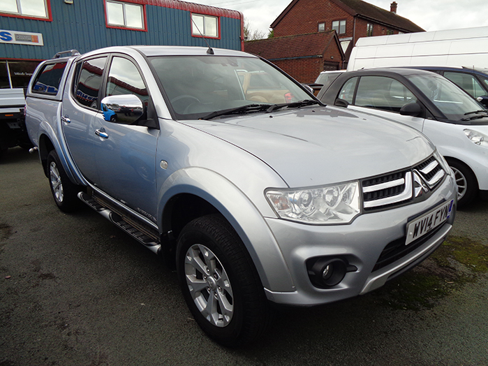 Mitsubishi L200 Barbarian Double cab Pickup, 2.5 TD,  Silver with colour coded Canopy,  2014, 14 reg