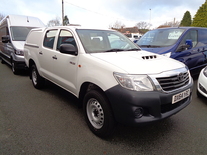 Toyota Hilux Active 2.4, D4D Double cab Pickup with colour coded Canopy fitted, White,  2014, 64 reg