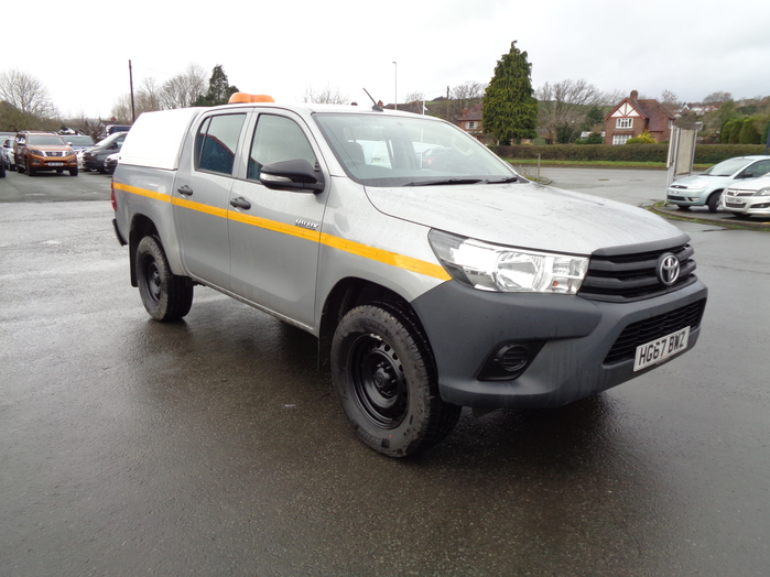 Toyota Hilux Active D4D 4X4 Double cab Pickup, Silver with Canopy, 2017, 67 reg,