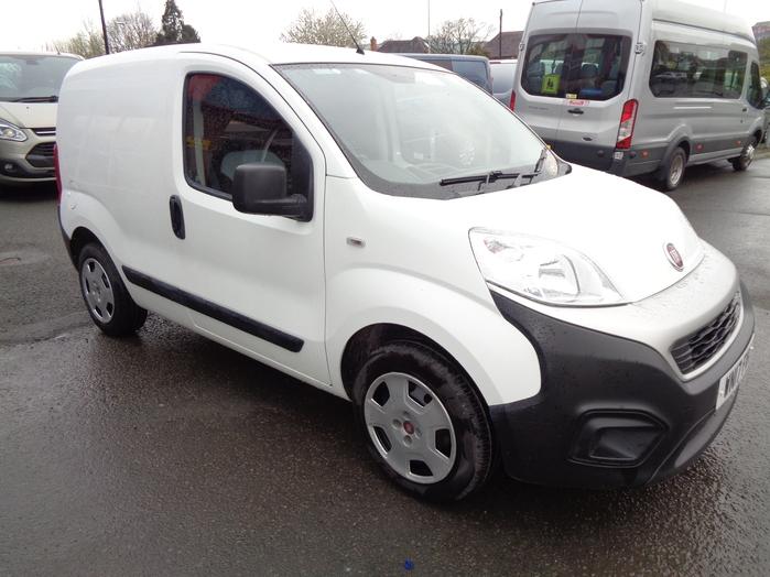 Fiat Fiorino 1.3 JTD Multijet 80 Cargo SX Van, White, 2017, 17 reg, Air con, Sensors,