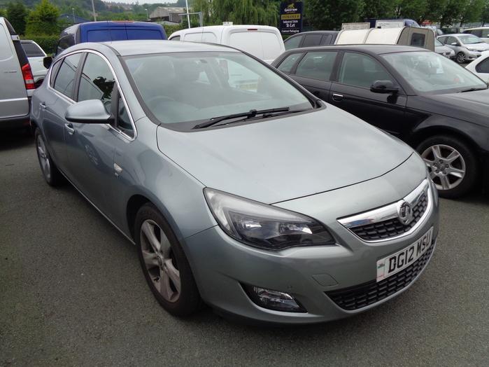 Vauxhall Astra 2.0 CDTI SRI,165 Eco flex, 5 Door, Silver, 2012, 12 reg,