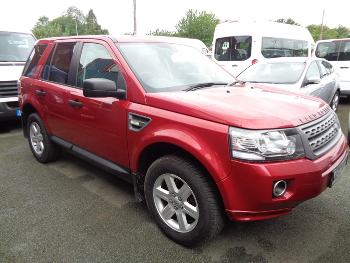 Land Rover Freelander 2.2 TD4, S Automatic, Red, 2013, 13 reg