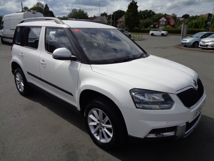 Skoda Yeti Outdoor 2.0 TDI, CR S  110, 4X4, 5 Door, 2015, 64 reg, White