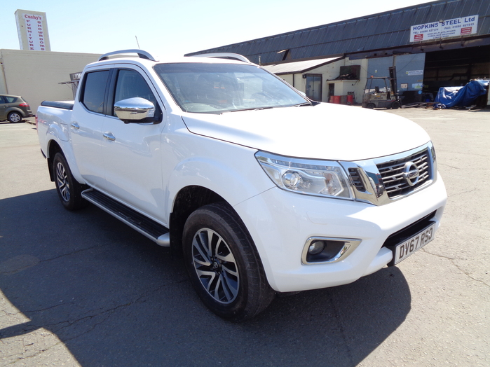 Nissan Navara NP300 Tekna Auto Double cab Pickup, White with Mountain top fitted, 2017, 67 reg,