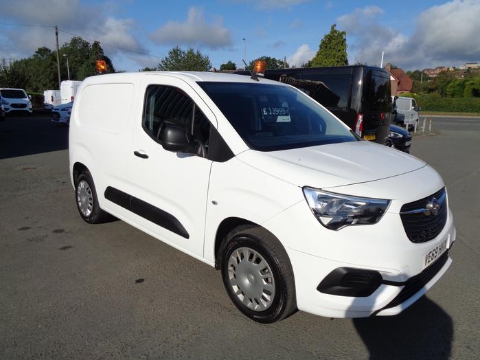 Vauxhall Combo 1.5 TDI 2000 Sportive Van, White, 2019, 69 reg,