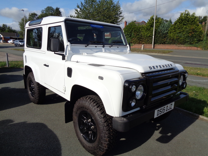 Land Rover 90 Defender Station Wagon, 4 seats, White,