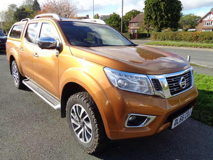 Nissan Navara NP300 Tekna Manual Double cab Pickup, Yellow with colour coded Canopy, 2016, 66 reg,