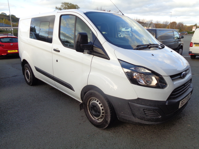 Ford Transit Custom 290 Double cab Van, White, 2017, 17 reg,